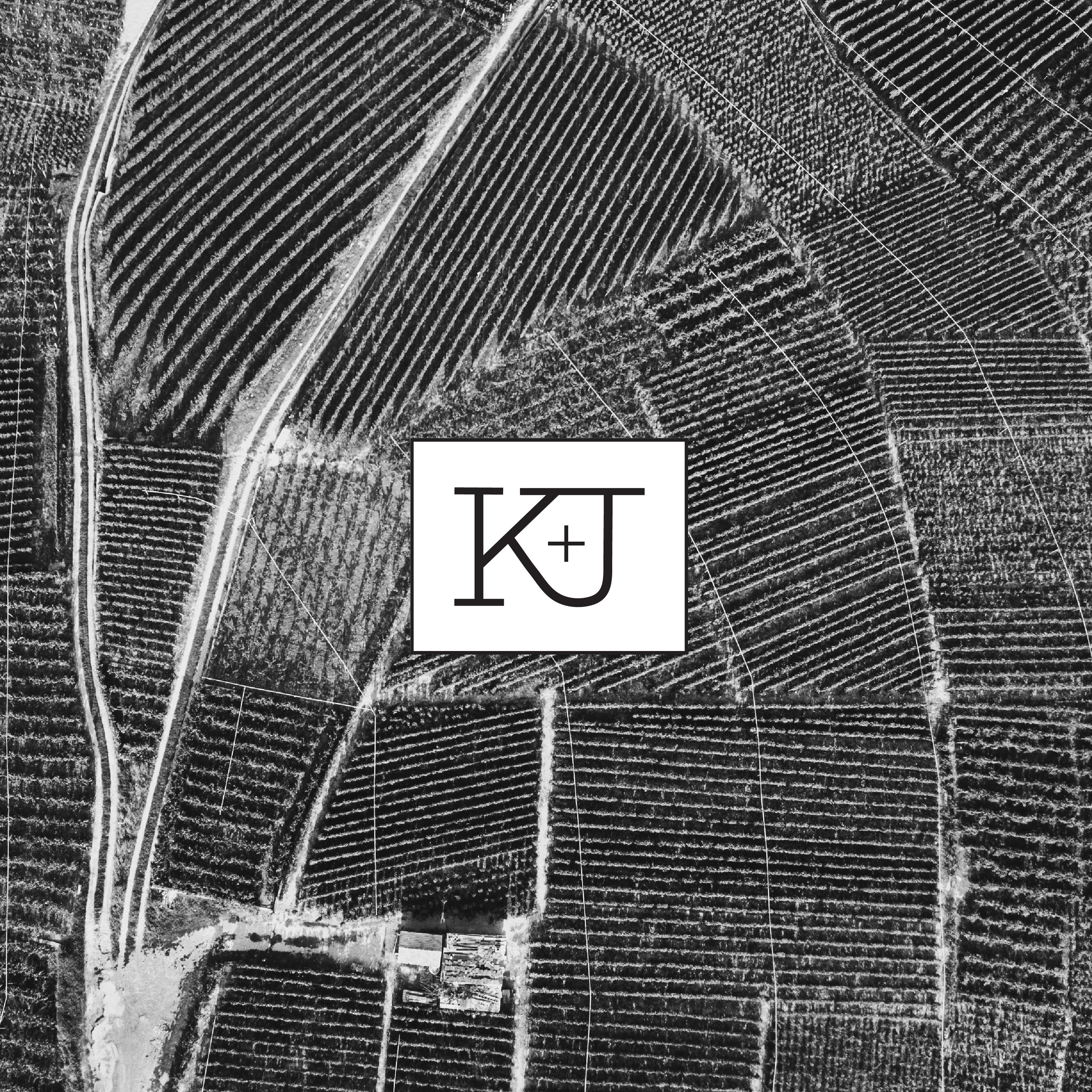 Kelly_Jones_Fields-01